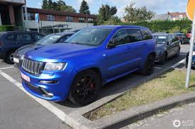 2000 gold jeep grand cherokee jeep grand cherokee srt 8 2012 8 october 2016 autogespot