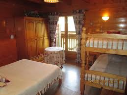 chambre d hotes abondance location vacances chambre d hôtes les carlines à la chapelle d