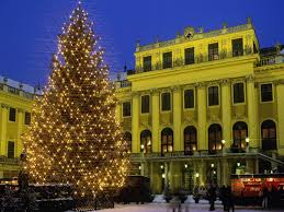 palaces schonbrunn palace vienna austria christmas time