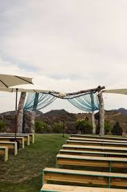 wedding arches tasmania hay bale wedding tas country wedding hay bales diy ideas16