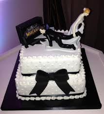 unique wedding cakes 51 unique wedding cakes for the most adventurous couples out of