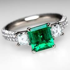 emerald engagement ring emerald rings jewelry may birthstone eragem