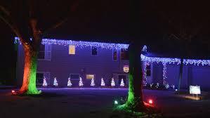 cottage grove man u0027s christmas display u0027dances u0027 to music swc bulletin