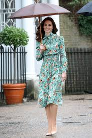 kate middleton dress style from that dress to mcqueen