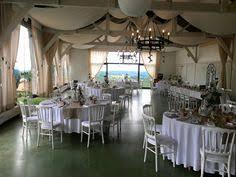 tons mariage mariage à eyrignac décoration de table aux tons naturels