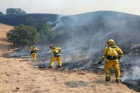 Wildfire Woodland Hills Ca by California Fires Deadly Wildfires Sweep Through Wine Country