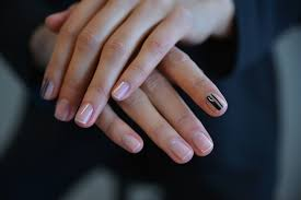 review best nail polish looks trends 2017 2018 nyfw fall