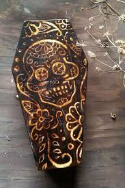 best 25 macabre decor ideas on pinterest skull decor skull