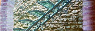 tralicci in ferro scala traliccio scala in ferro con pedata in vetro