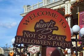mickey s not so scary halloween party 6 reason u0027s to go to mickey u0027s not so scary halloween party rachel