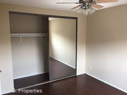 Laminate Flooring For Ceiling Los Angeles Apartment Rentals What 1 950 Rents You Right Now
