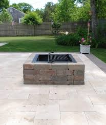 Stone Fire Pit Kits by Best 20 Outdoor Fire Pit Kits Ideas On Pinterest Fire Pit Kits
