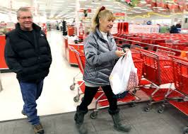 rush at target in black friday mchenry county shoppers out for black friday deals after