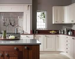 cuisine taupe et gris couleur taupe en déco intérieure nuances et associations harmonieuses