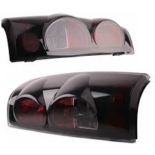 2004 silverado tail lights 99 06 chevy silverado gmc sierra 1500 2500 3500 tail light