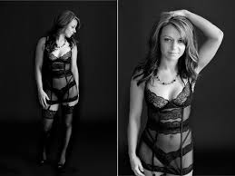 minneapolis photographers minneapolis boudoir photographer black white boudoir photos