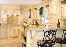 armoire de cuisine rustique meuble cuisine rustique avec personnalisez vos armoires de cuisine