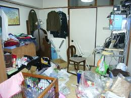 messiest houses in japan blog a messy kid s room in japan his father posted this photo on his blog in order to shame him into cleaning up his room source muchikoblog