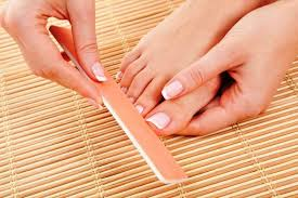 15 different types of pedicures that will make your feet the star