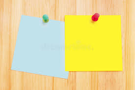 post it sur bureau notes de post it sur le bureau en bois image stock image du
