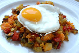 the pioneer woman u0027s breakfast for dinner hash with fried eggs