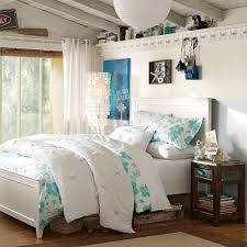 Big White Bed Pillows Marvelous Modern Teenage S Bedroom With Fancy Queen Size Bed