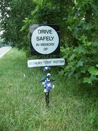 memorial crosses for roadside white lines white crosses the controversy of roadside memorials