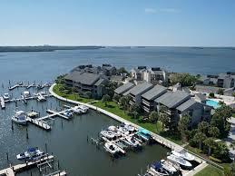 Tucker Oaks Winter Garden 1865 Bay Road Vero Beach Florida 32963 Starfish Real Estate
