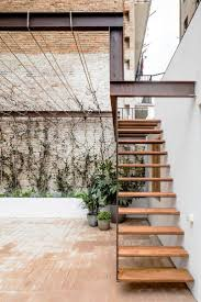 Garden Wall Railings by Best 25 Exterior Stairs Ideas On Pinterest Contemporary
