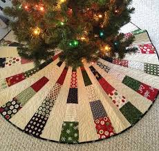 Peppermint Twist Tree Skirt Using Tree Skirt 1 Tree Skirts Tree And Holidays