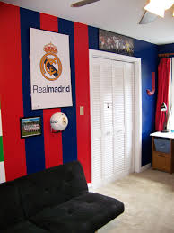 real madrid colors painted and decorated in jakes bedroom for the