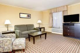 Hotels Near Six Flags Atlanta Ga La Quinta Inn U0026 Suites Atlanta Airport Hotels Near Atlanta Georgia