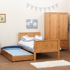 Pine Bedroom Furniture Sets Unstained Pine Wood Pallet Trundle Bed With Headboard And