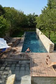 Backyard Swimming Pool Designs by Best 25 Swimming Pools Backyard Ideas On Pinterest Backyard