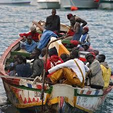 "Dicen que en Cuba... ¿La población cubana ""huye"" del país?  Images?q=tbn:ANd9GcTlvVs7wfboF4t8QkVpo6XFLdMK6GkE69VawgQjRHrK-yPA_Y1O&t=1"