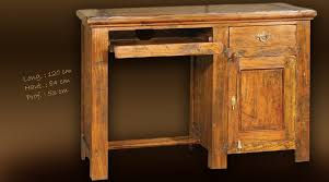 bureau informatique bois massif bureau bois massif ancien ce bureau duangle au style scandinave