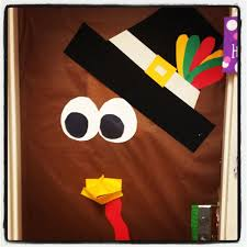 25 best ideas about thanksgiving classroom door on preschool door