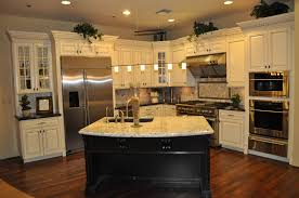 Kitchen Ideas Light Cabinets Countertops Kitchen Counter Table Ideas Cabinet Color With Dark