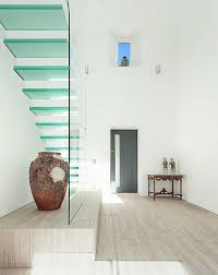 stairs made of glass for a contemporary appearance interior