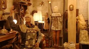 Chandelier Meaning Sia Sia Parodies Self Recruits Kristen Wiig For U0027chandelier U0027 Grammy