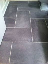 bathroom floor ideas vinyl best 25 vinyl flooring for bathrooms ideas on