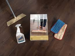 cleaning laminate floors com