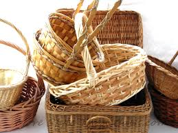 basket gifts make inexpensive gift baskets that look expensive