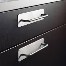 poign meuble cuisine inox poignée de meuble look inox protect poignée de cuisine poignée et