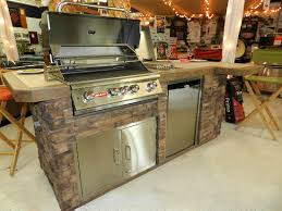 Bull Bbq Outdoor Kitchen Outdoor Kitchens U0026 Gas Grills Janesville Wi Nelson U0027s Htr