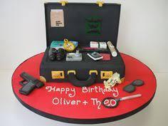 gucci briefcase cake birthday cakes pinterest briefcases