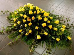 casket sprays casket sprays flowers chertsey house of flowers florist