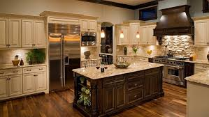 what color cabinets go with venetian gold granite venetian gold granite pros and cons cost colors and