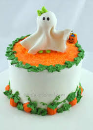 12 awesome halloween cakes anyone can make spaceships and laser