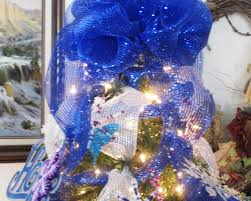 how to decorate your christmas tree with mesh ribbon featuring